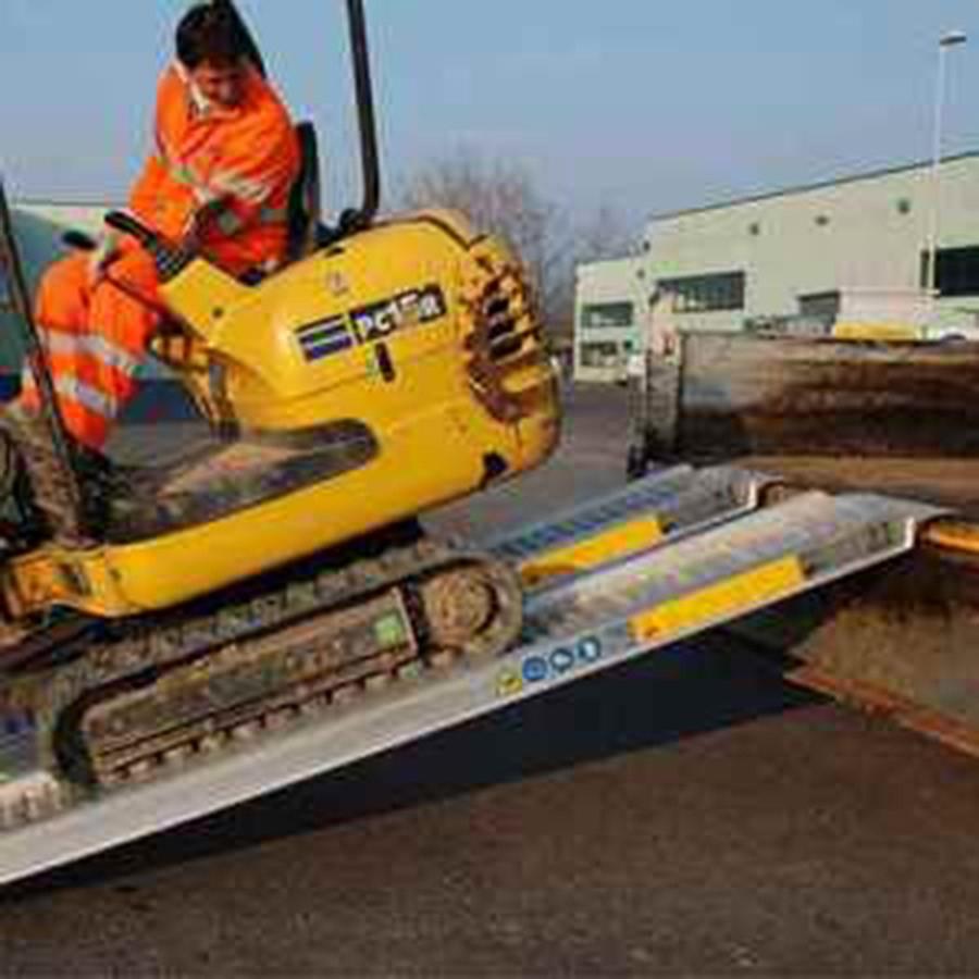 Plant & Vehicle Ramp 4000mm Long, 2650Kg Capacity, 360mm Wide