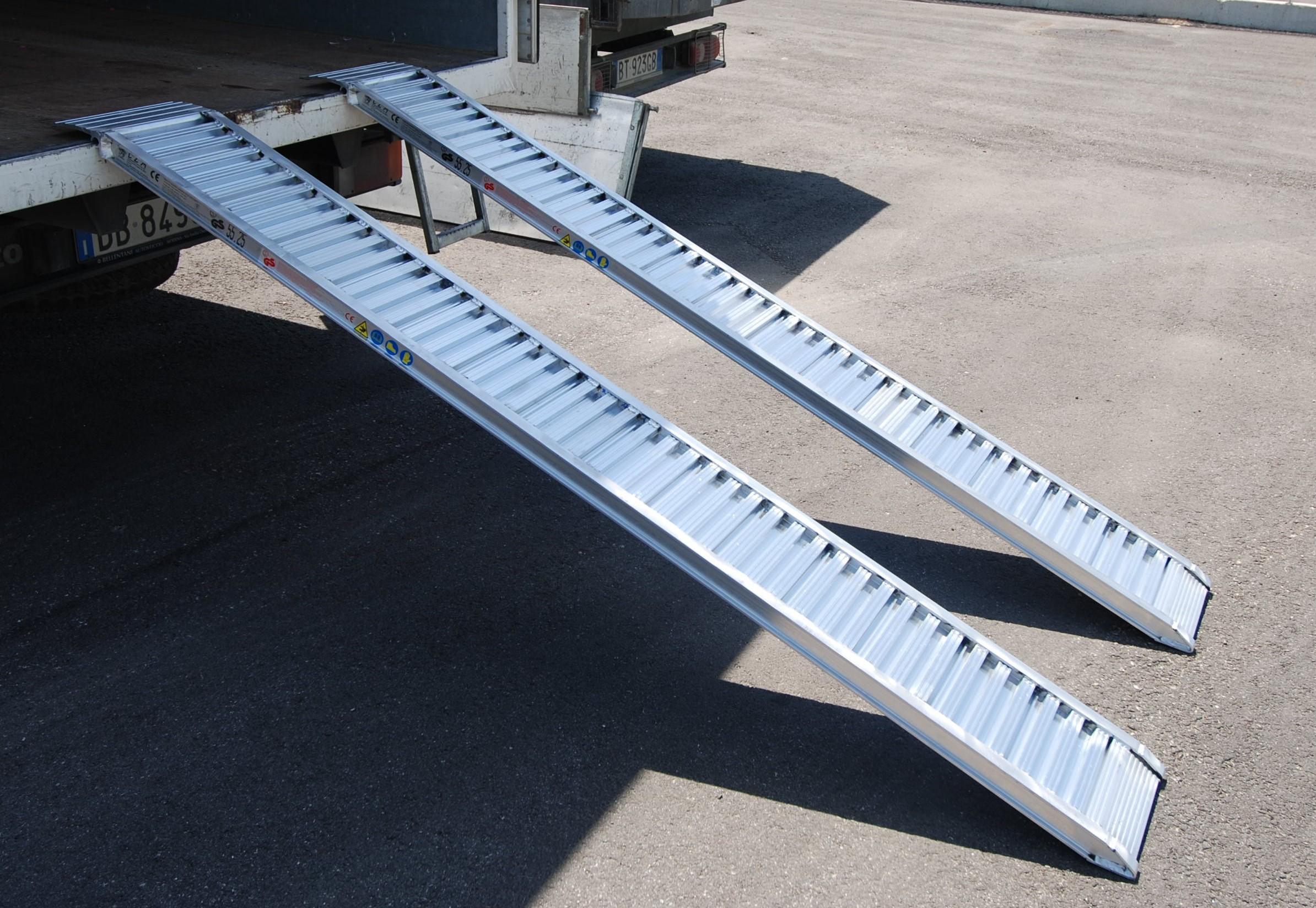 Plant & Vehicle Ramp 2500mm Long, 1400Kg Capacity, 310mm Wide