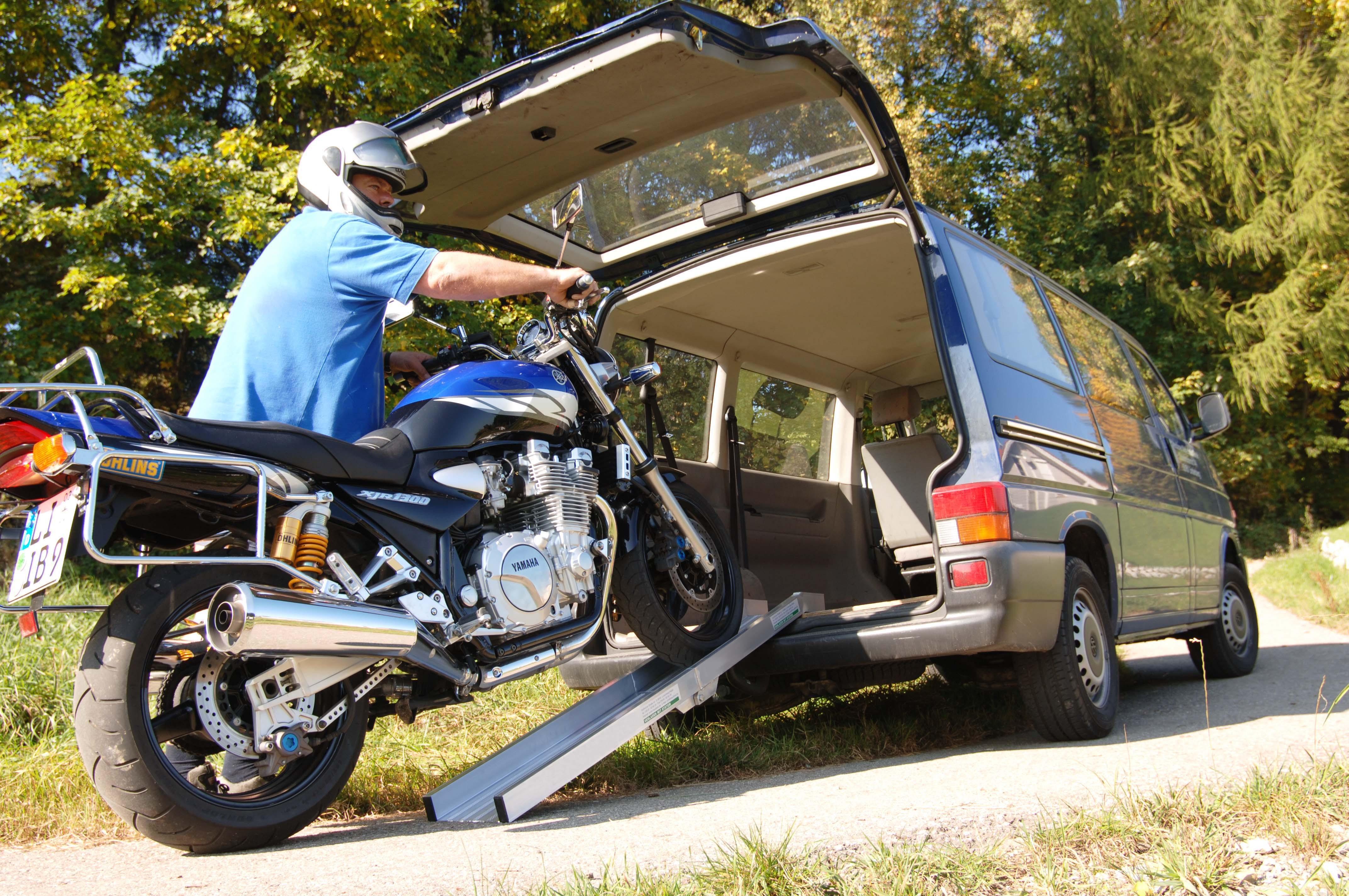 Garden & Motorcycle Folding Ramps 2000mm Long, 800Kg Capacity, 195mm Wide