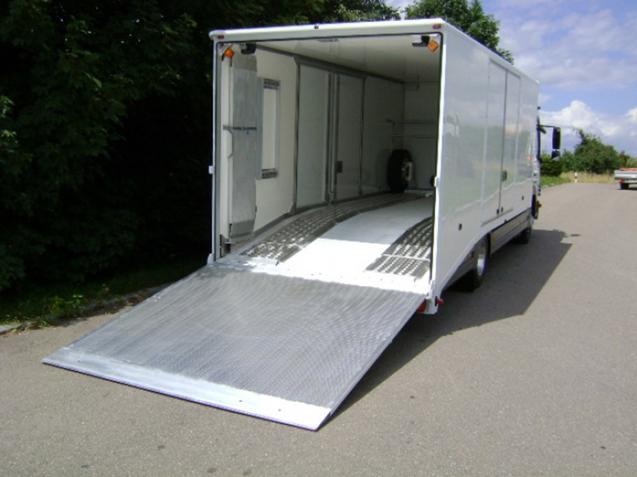 Van Ramp 1800mm Long, 2500Kg Capacity, 2400mm Wide